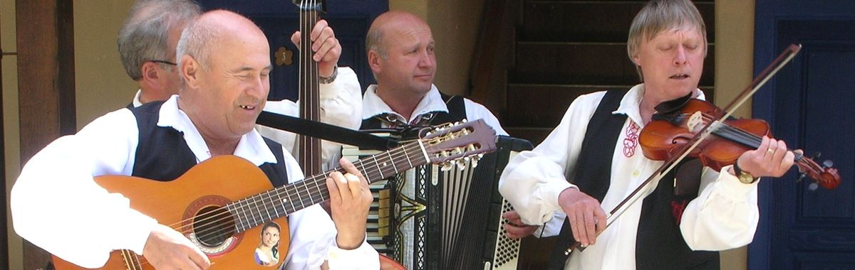Cheerily performing musicians are a frequent sight everywhere in Croatia.