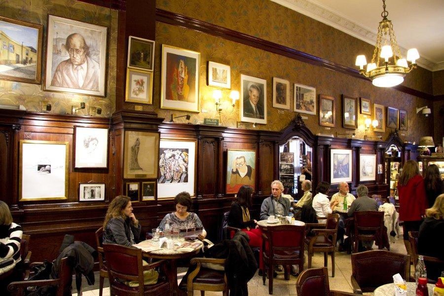 Café Tortoni - a legend.
