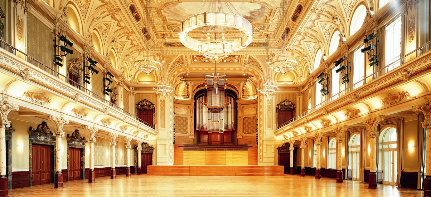 The Großer Saal reverberates from the brilliant sound this organ emits.