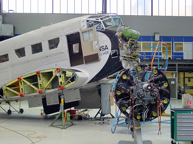 Each winter, Lufthansa technicians invest some 4,000 working hours to put their Ju back into shipshape and to keep her as safe and immaculate as befits the status of an aerial majesty. Maintaining her is a costly affair, and donations are welcome.