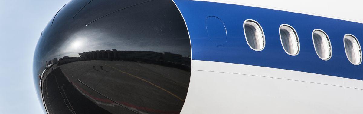 A Lufthansa retro plane. Copyright Deutsche Lufthansa/Oliver Roesler.