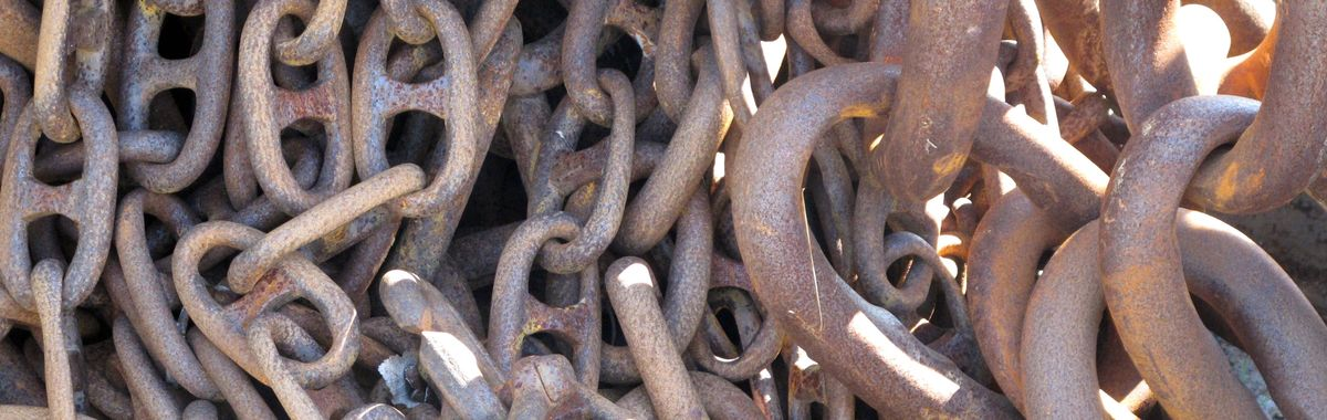 Huge links of heavy iron chains: Minds cannot be enchained.