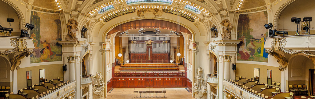 The Smetana Hall + Obceni Dum in Prague