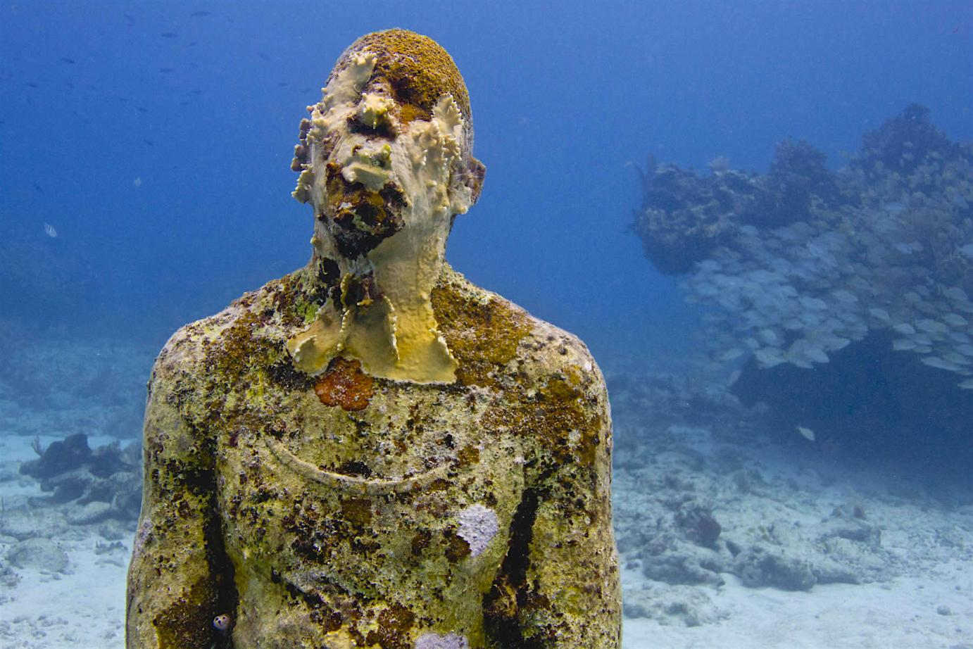 """Man on Fire"" sculpted by Jason DeCaires-Taylor"